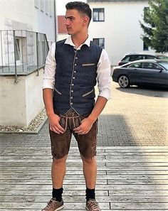 Lederhosen. Nichts als Lederhosen German Men, Sports Uniforms, Overalls, Shorts, Hot Guys, Hot Men, Black Socks, Lederhosen, Work Attire