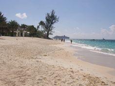 7 mile beach at grand cayman