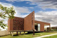 Gallery of Casa Clara / 1:1 Arquitetura Design - 16