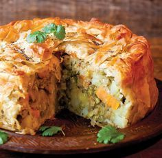 A stunning pie packed with flavour. Makes a delicious main course for vegetarian Indian Food Recipes, Asian Recipes, Gourmet Recipes, Cooking Recipes, Healthy Recipes, Indian Snacks, Curry Recipes, Vegetable Recipes, Ella Vegan