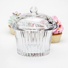 Crystal Cupcake Covered Candy Dish Box Godinger http://www.amazon.com/dp/B007AJB3DW/ref=cm_sw_r_pi_dp_L1tLtb17DYPMMFC8