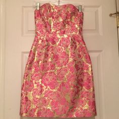 Lilly Pulitzer Pink & Gold Dress Strapless. Perfect for any summer event! Worn once for 2 hours. Perfect condition! Lilly Pulitzer Dresses Mini