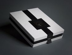 A Showcase of 50 Black & White Creative Package Designs - You The Designer