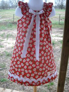 Girls red sundress with daisy flowers. by PunkinsClothingPatch, $25.00
