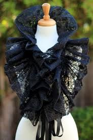 Black lace collar Fashion Neck Ruff for Burlesque or Elizabethan Costum . - Black lace collar Fashion Neck Ruff for Burlesque or Elizabethan Costume Complete your wardrobe wit - Steampunk Fashion, Victorian Fashion, Gothic Fashion, Look Fashion, Diy Fashion, Vintage Fashion, Elizabethan Fashion, 1950s Fashion, Vintage Clothing
