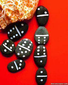 Domino Rocks | 32 Awesome Things To Make With Nature
