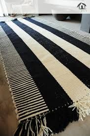 Resultado de imagen para pieceras a telar Inkle Loom, Textiles, Contemporary, Blanket, Rugs, Bed, Hobbies, Home Decor, Knitting Looms