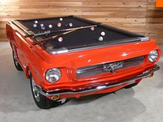 Today we are going to present to you, Car Pool Tables and their excellent work, these tables are a desire for many collectors that have expensive tastes. Each one is molded and designed directly from a series of collection cars and adapted to the customers' requirements, they are painted and finished using original products and details of the car including wheel rims, tires and lights.