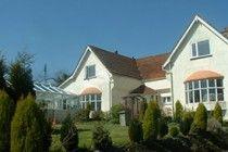 Raddicombe Lodge, Hillhead, Brixham, Devon. Bed & Breakfast. England. Pet Friendly. Accepts Dogs.