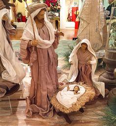 Family Set, Holy Family, Homemade Christmas Decorations, A Child Is Born, Coastal Christmas, Christmas Nativity, All Things Christmas, Holi, Nativity Sets