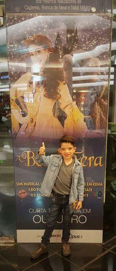 O Encanto da Disney, agora no Musical A Bela e a Fera no Teatro Bradesco   A convite da Opus Produção , sábado fomos assistir o Musical A...