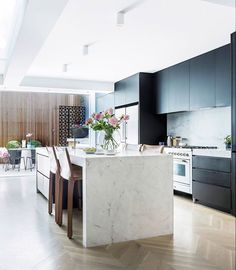 Kitchen from Victorian terrace renovation in Sydneys inner east by interior designer Tonka Andjelkovic Photography Maree Homer Styling Janet James Story Australian Hous. Best Kitchen Designs, Modern Kitchen Design, Interior Design Kitchen, Interior Paint, Lobby Interior, Apartment Interior, Home Decor Kitchen, New Kitchen, Kitchen Dining