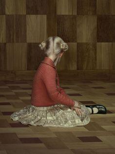 Erwin Olaf, The Keyhole ©
