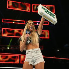 Carmella and James Ellsworth begin to gloat over her second Money in the Bank victory, but Daniel Bryan arrives with bad news for Ellsworth. Wrestling Divas, Women's Wrestling, Carmella Wwe Instagram, Daniel Bryan Wwe, Wwe Outfits, Wrestlemania 29, Catch, Wwe Women's Division, Wwe Female Wrestlers