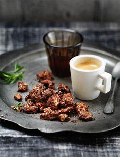 gesuikerde walnoten met rozemarijn | ZTRDG magazine