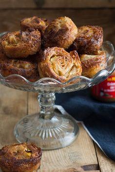 Petits kouign-amann au caramel au beurre salé et aux pommes