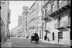 El nostre Alacant d'antany  Calle Jorge Juan. Qué ciudad teníamos.   Ministerio Cultura. Foto subida por Rafa Sellers
