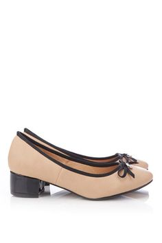 Cream Low Heel Shoe - Shoes