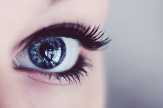 electric blue eyes (always pin the blue eyes)