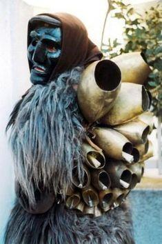 Mamuthone, ancient mask of Sardinia -#Sardinia#Cerdeña
