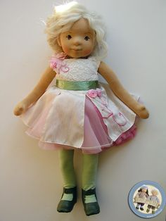 Soft sculpted cloth doll made by Lalinda.pl