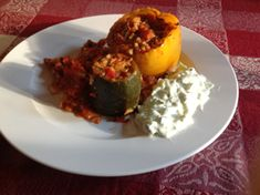 These Greek Stuffed Vegetables - Kalofagas - are a good source of carbs, dietary fibre and Vitamins A, B and C, along with a host of valuable minerals. Let's not get too earnest though - they're also super-kalafogolistic-expialidocious! http://www.veggierunners.com/?p=1248