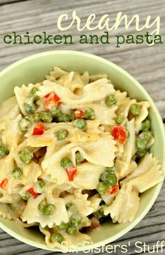 Creamy Chicken and Pasta Pasta Salad - delicious comfort food! Pastas Recipes, Chicken Recipes, Dinner Recipes, Cooking Recipes, Dinner Ideas, Recipies, Recipe Chicken, Shrimp Recipes, Meal Ideas
