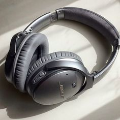 The sweet sound of music!  Global Gifting brings the Bose Experience to your next corporate event.  Contact us at www.globalgifting.com or email us at info@globalgifting.com for more details.  #Bose #wireless #headphones #music #sounds #clarity #tunes #gift #gifting #giftingsuite #luxury #brand #travel #corporategifts #giftexperience #events #eventprofs #meetingprofs #destination #incentive #incentivetrip #rewards #appreciation #recognition #boseexperience #silver #global #globalgifting…