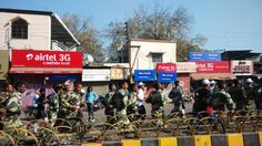 Army folks @ #JioIndoreMarathon, running for Clean, Green and Healthy #Indore !!