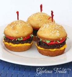 """Mini """"Burger"""" Cupcakes from Glorious Treats 