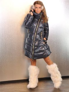 Puffer Jackets, Winter Jackets, Puff Daddy, Down Suit, Down Puffer Coat, Fur Accessories, Fur Boots, Jacket Style, Winter Fashion