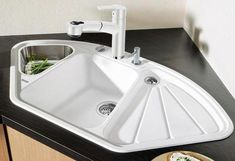 Choose a sink for kitchen - Interior Design Modern Kitchen Cabinets, Kitchen Furniture, Kitchen Interior, Kitchen Decor, Kitchen Ideas, Sink Design, Küchen Design, Small Sink, Corner Sink