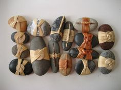 Five Meditations of the Rock of Israel. Five cane wrapped Stone Crafts, Rock Crafts, Crochet Stone, Rock And Pebbles, Stone Wrapping, Rock Decor, Weaving Techniques, Pebble Art, Stone Art