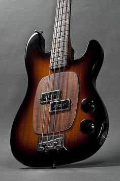 Ronin Prætorian Bass Body #1 Made from Salvaged Old Growth Redwood  (or S.O.G.R.) body, which the company reclaims from old barns, wineries, and agricultural buildings.