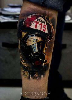 Fireman portrait by artist Dark Art Tattoo, Body Art Tattoos, Sleeve Tattoos, Firefighter Pictures, Fire Tattoo, Cool Tats, Inked Magazine, Realism Tattoo, Tattoo Sketches