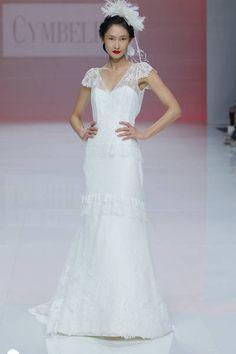 Cymbeline 2019. Chiffon, White Wedding Gowns, Paris Mode, Braut Make-up, Bridal Dresses, Marie, Summer Dresses, Beach, Fashion