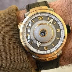 The stunning Fabergé Visionnaire DTZ which won the prestigious 2016 Grand Prix d'Horlogerie de Genève (GPHG) – the Swiss watchmaking industry's highest honour in the 'Travel Time' category.