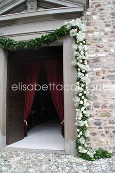 Choosing The Flower Arrangements For Church Wedding Church Wedding Ceremony, Church Wedding Decorations, Wedding Entrance, Wedding Ceremony Flowers, Floral Wedding, Wedding Arrangements, Flower Arrangements, Housewarming Decorations, Wedding Flower Packages