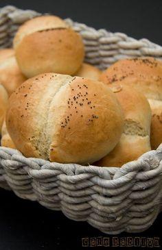 Bułeczki ekspresowe Baby Food Recipes, New Recipes, Cake Recipes, Pan Bread, Polish Recipes, Bread Rolls, Food Design, Good Food, Food And Drink
