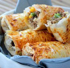 El Bourak - Algerian food. Recipe at http://recipes.wikia.com/wiki/Bourek