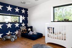 Babykamer Behang Sterren : Baby kamer donkerblauw met sterren for the home girls room
