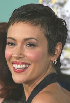 Alyssa Milano - 2013 Short Hairstyles for Women - Hair Cuts Styles Trends Short Hair Styles Easy, Short Hair Cuts For Women, Short Hairstyles For Women, Really Short Hair, Short Dark Hair, Pixie Hairstyles, Cool Hairstyles, Black Hairstyles, Braided Hairstyles