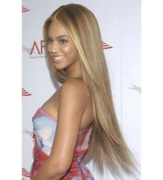 Beyonce with her 'Crazy in Love' poker straight long blonde hair #beyonce #hair