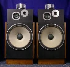 """Pioneer HPM-1500, a 4-way speaker that featured a """"High Polymer Molecular"""" omnidirectional supertweeter, made from a cylindrical diaphragm of Kynar piezopolymer plastic connected through an impedance matching transformer. The 12-inch diameter bass reflex woofer had an aramid fiber cone. A paper cone midrange and paper cone tweeter completed the design. Good overall clarity, punchy bass, but the treble always sounded a bit odd: overly crisp yet lacking detail."""