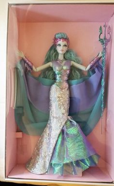 Queen of the Dark Forest Barbie Barbie Y Ken, Barbie Dress, Barbie Clothes, Mermaid Barbie, Barbie Fashionista Dolls, Beautiful Barbie Dolls, Disney Dolls, Barbie Collector, Barbie World