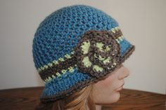 Free Spring Crochet Hat Pattern Beverly's Cloche in Vanna's Choice