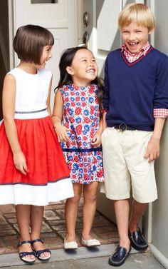 Oscar de la Renta Childrenswear Spring/Summer 2014 Trunkshow - Moda Operandi