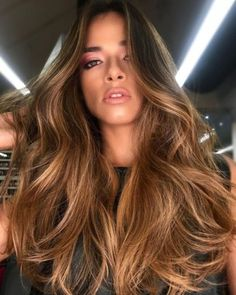 Summer girls dyed what color hair looks good? 6 advanced hair color recommended – Page 13 – Hairstyle Brown Hair Balayage, Blonde Hair With Highlights, Brown Blonde Hair, Brunette Hair, Ombre Hair, Light Brown Hair, Haircuts For Wavy Hair, Short Hair Cuts, Short Hairstyles