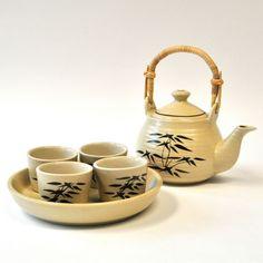 Teeservice Geschirr Set Teller Kanne aus Keramik beige