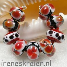 Set red beads, lampwork, homemade. www.ireneskralen.nl